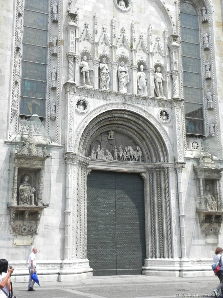 image of a church doors