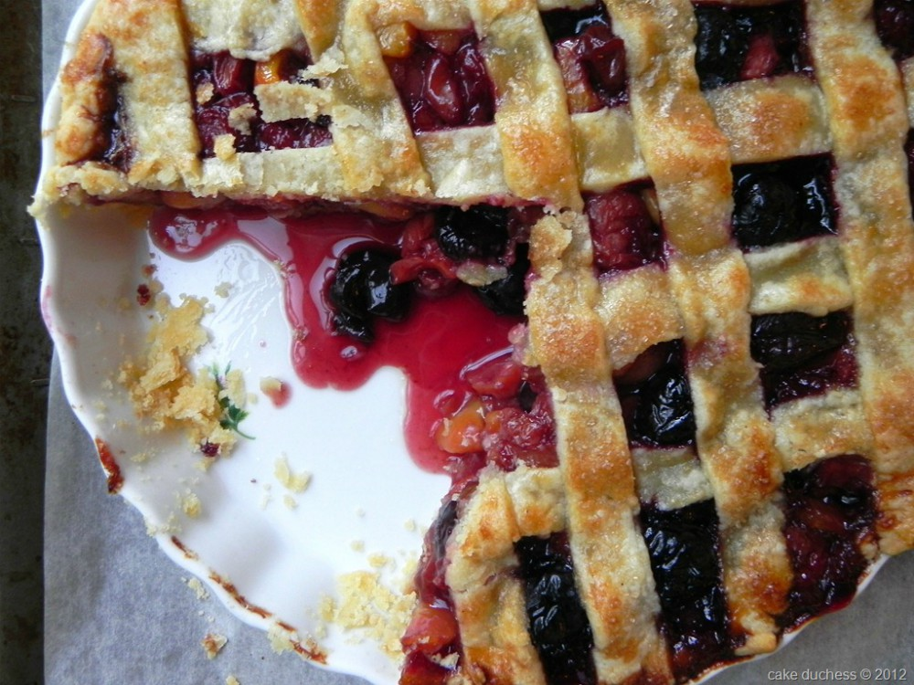 overhead image of sweet cherry pie