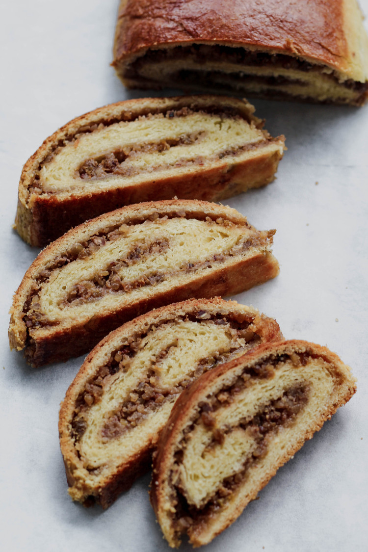 overhead image of sliced Kalács-Hungarian Nut Roll