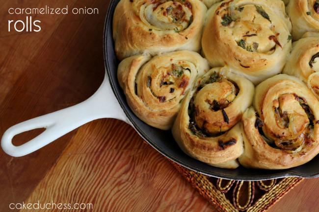 Caramelized Vidalia Onion Rolls  | Cake Duchess