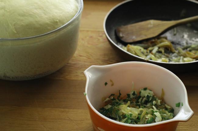 Caramelized Onion Rolls | Cake Duchess