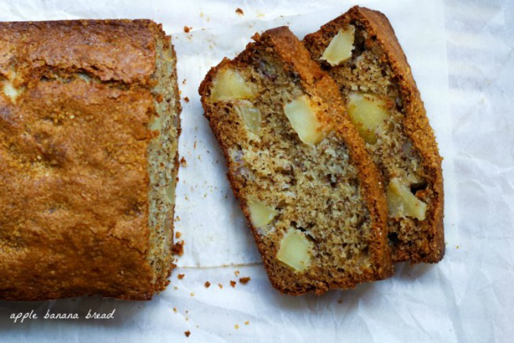 overhead image of apple banana bread