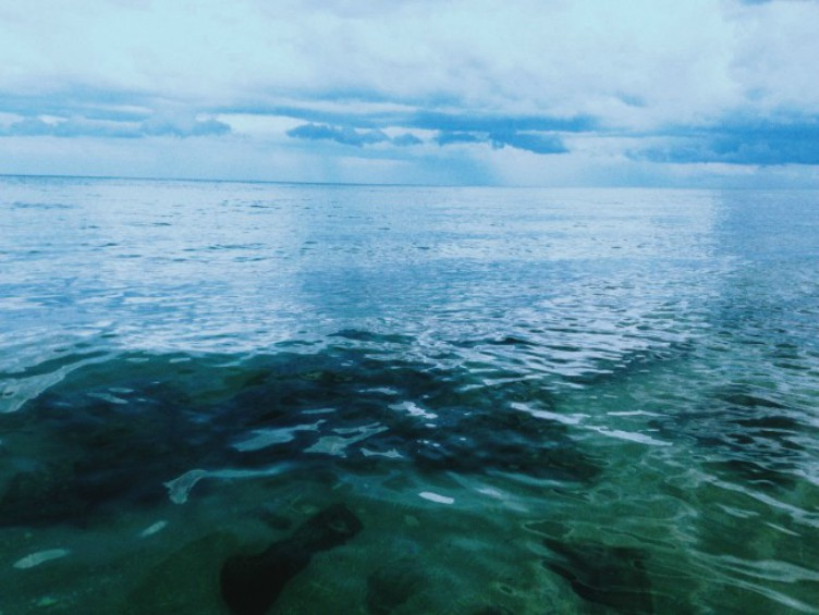 image of blue ocean and sky