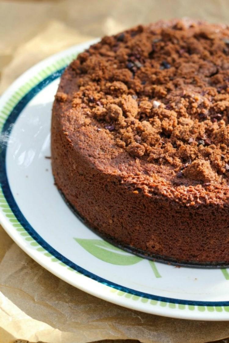 overhead image of chocolate rye crumb cake