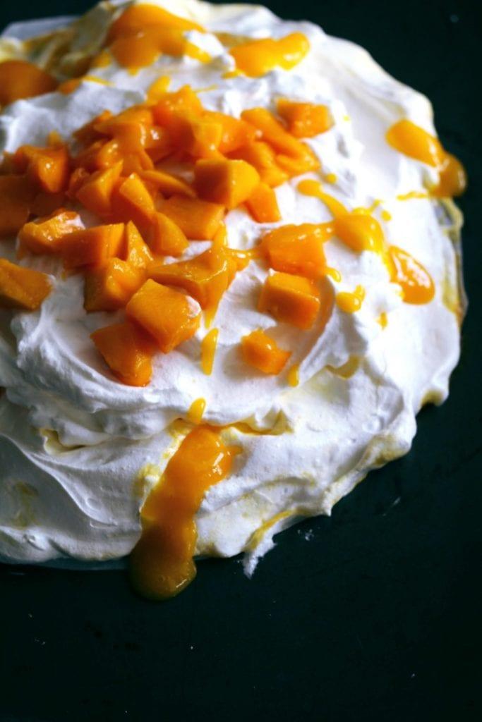 Mango-Ripple Meringue