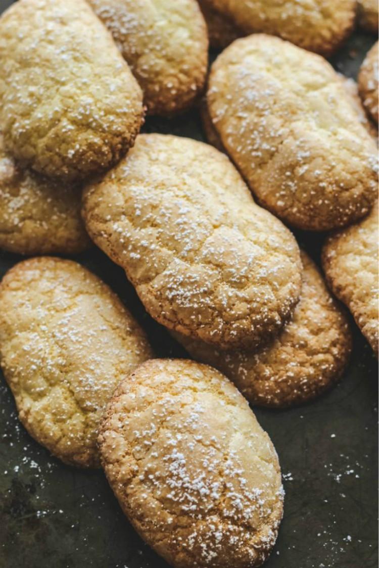 overhead image of ladyfinger cookies