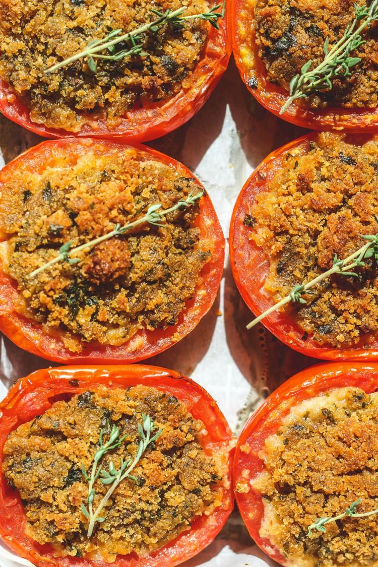 overhead image of tomato gratin-pomodori gratinati