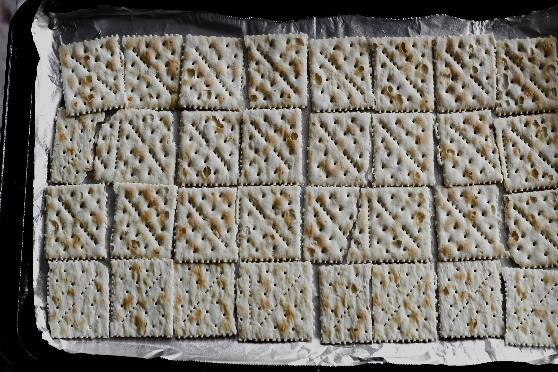 image of crackers on a baking sheet