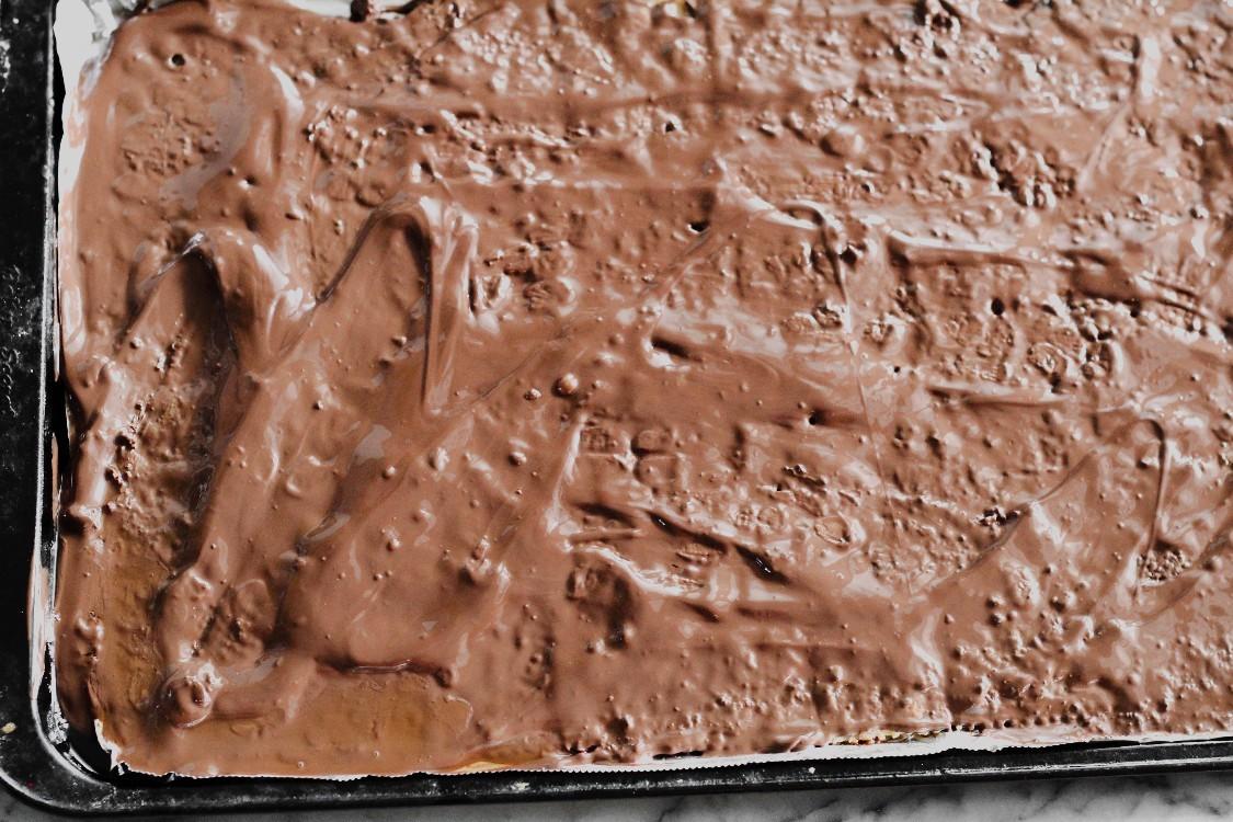 overhead image of chocolate spread on baking sheet
